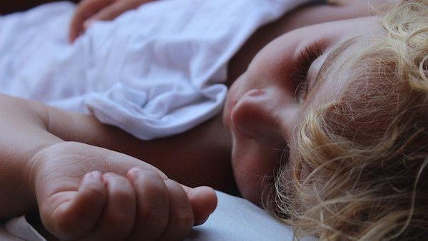 Dziecko zle spi noc