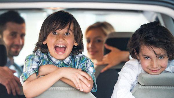 Spedzasz dziecko czas samochod