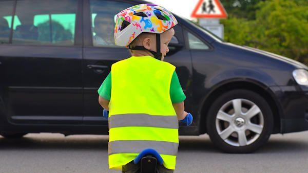 Dzieci wracaja do szkol
