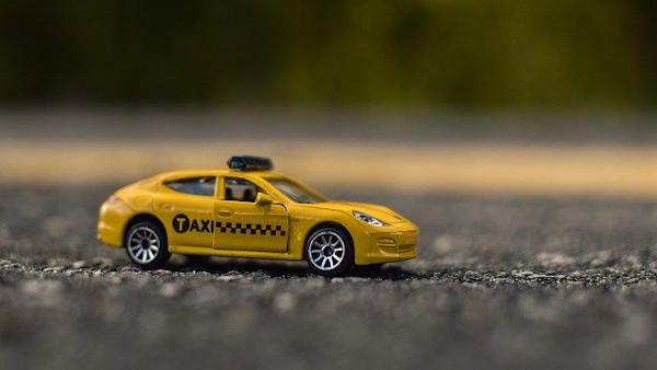 4latek slask wypadl taksowka