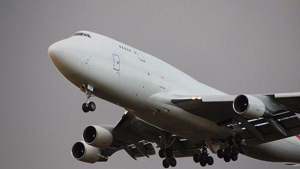 7latka sama samolot