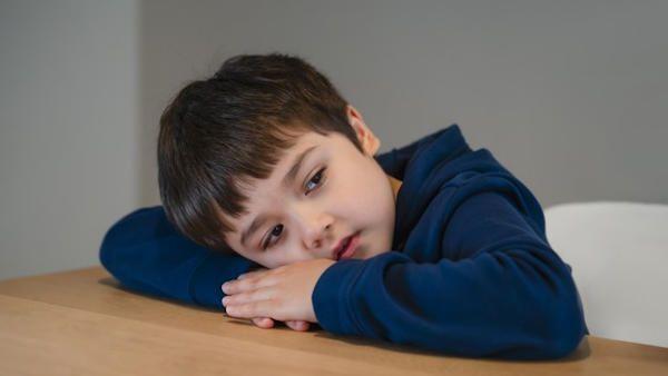 Rosyjski pedofil wiezil dziecko
