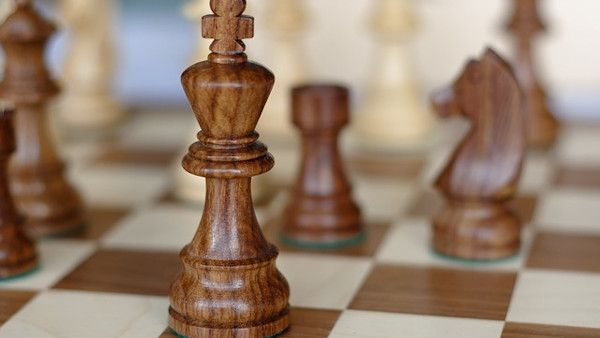 8latek szachy