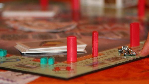 Grac gry planszowe