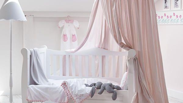 Urzadzic przytulny pokoj dziecka