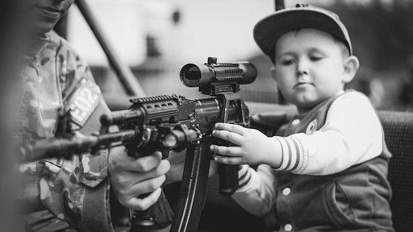 Dzieci torun zlobek bron
