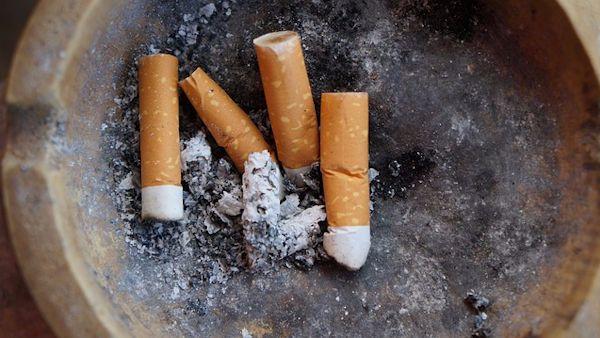 Matka przypalala dzieci papierosami