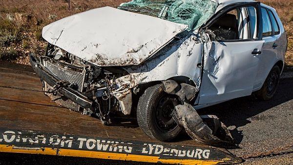 Pieciolatek spowodowal wypadek samochodowy