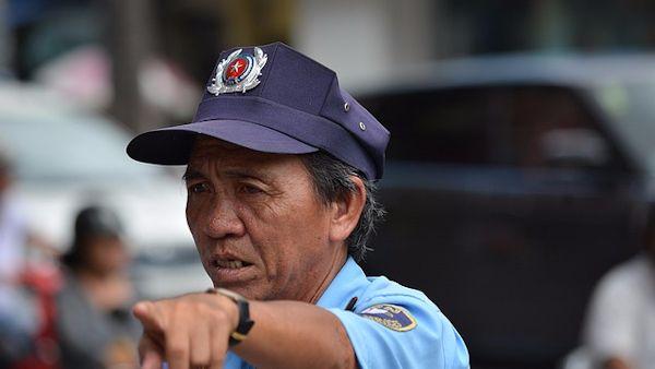 Policjant uratowal 16 dzieci