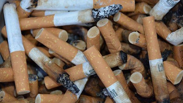 Palenie papierosów przy dziecku
