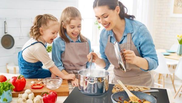 Bezpieczne gotowanie male dzieci