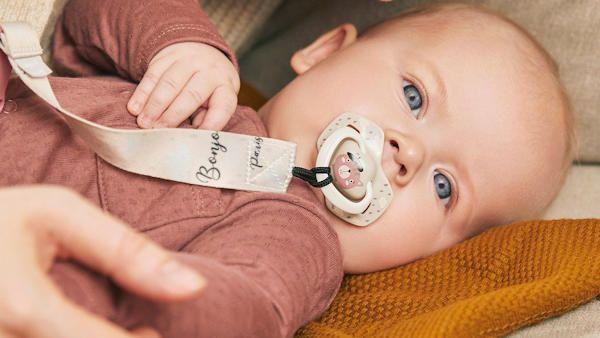 Bezpieczny smoczek noworodek