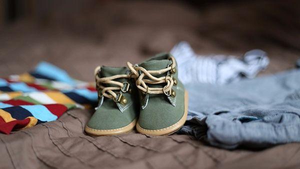 Pierwsze buty niemowlak