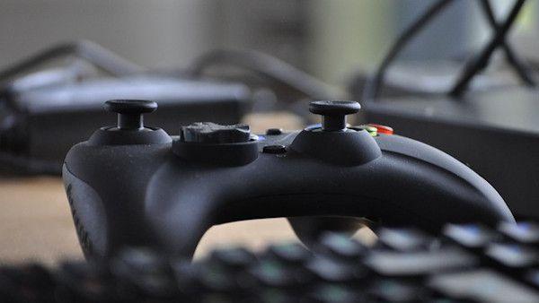 Nastolatkowie gry komputerowe
