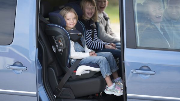 Bezpiecznie przewozic dzieci1