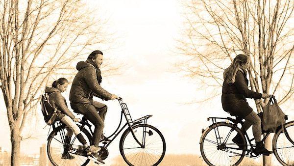 Rodzinna wycieczka rowerowa1
