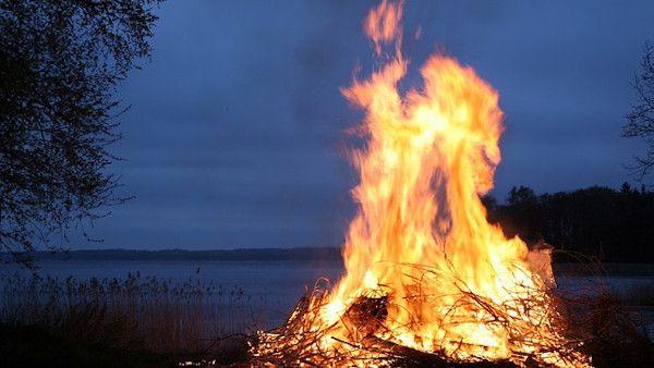 Ukarali przedszkolanke spalenie marzanny